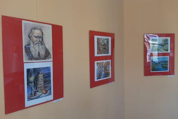 Выставка работ Е. Милентьевой в ТИЦе Советска (04)